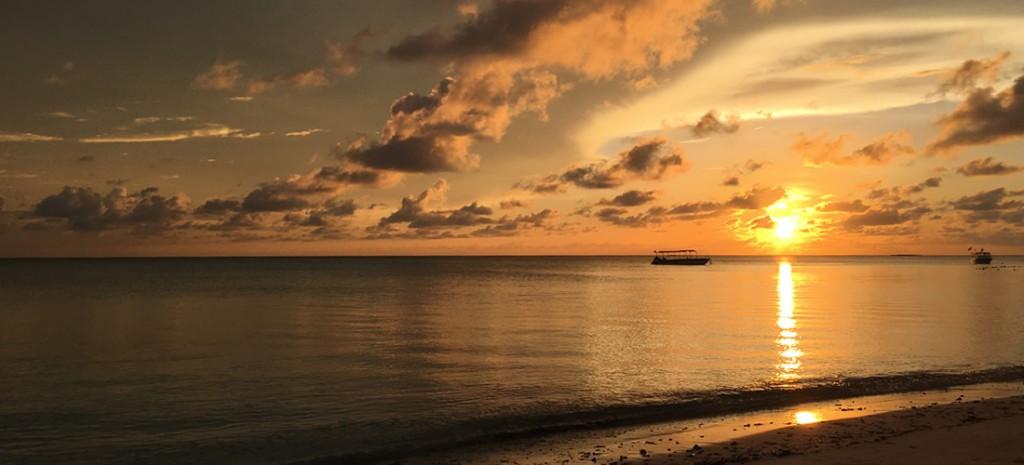 Island Work アイランドワーク 人生を変える冒険の旅に出かけよう!